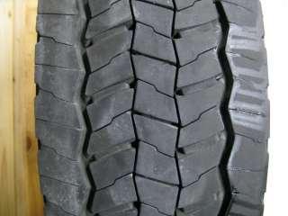 Ford F450 OEM Wheels Rims Tires Center Caps 19.5 4x4