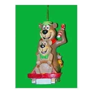 Hanna Barbera Yogi Bear & Boo Boo Sledding Christmas