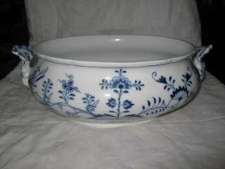 Antique Meissen Blue Onion Large Soup Tureen base