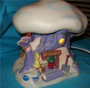 POOH LIGHTED PORCELAIN TREE HOUSE VILLAGE CHRISTMAS LIGHT LAMP