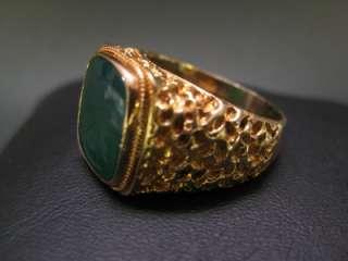 1980 Antique Men Signet Ring 18K Gold Roman Warrior Green Agate