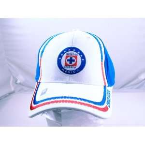 CRUZ AZUL OFFICIAL TEAM LOGO CAP / HAT   CZ006: Sports