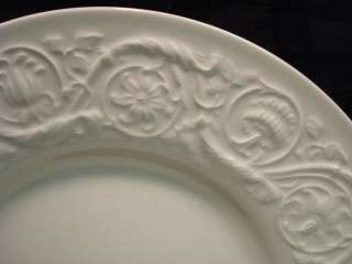 Wedgwood Patrician Pattern Dinnerware Set 48 pcs Plates Cups Bowls