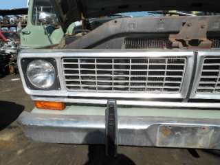 1970 FORD F100 F250 PICKUP TRUCK GRILLE VALANCE LIGHT 70 71 72