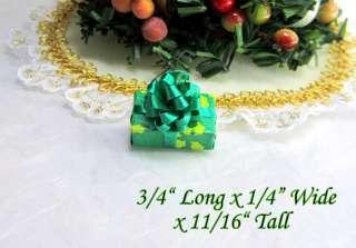 Dollhouse Miniature Christmas Holiday Single Wrapped Gift #20