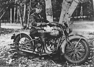1930s HARLEY DAVIDSON MOTORCYCLE COP POLICE REAL PHOTO