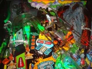MOVIE PINBALL MACHINE   LED LIGHTS  GORILLA MADNESS  GREAT FAMILY GAME