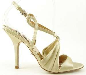 BADGLEY MISCHKA RUBY Ivory Gold WEDDING EVENING Womens Shoes Sandals 9