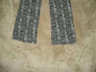 JORDACHE girls 14 gray SNAKE SKIN print High stretch boot pants 26x29