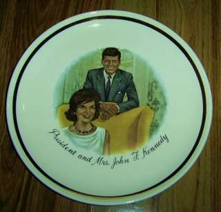 PRESIDENT &MRS JOHN F KENNEDY Collectors Plate 1961 USA
