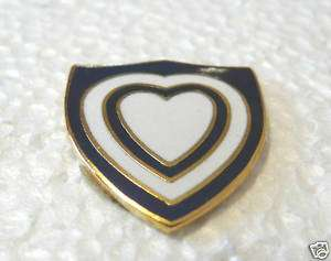 UNITED STATES ARMY WWII 24TH CORPS PACIFIC THEATER PIN