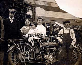 PROUD FAMILY ON HARLEY DAVIDSON V TWIN MOTORCYCLE PHOTO
