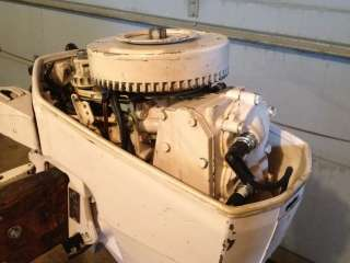 hp CHRYSLER Outboard boat motor 9.9hp   water ready   great runner