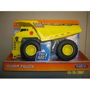 Matchbox Real Action Trucks Dump Truck Vehicle Toys