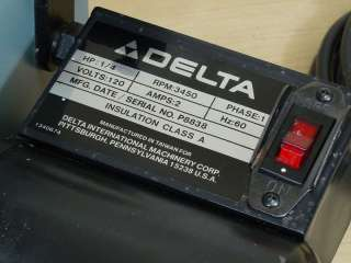NICE DELTA 1 BELT SANDER MODEL 31 050   WORKS GREAT