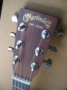 NEW EZ PLAY MODIFIED MARTIN ACOUSTIC GUITAR W/ CASE & STRINGS