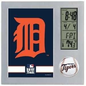 MLB Detroit Tigers Team Desk Clock
