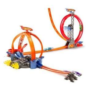 Mattel Hot Wheels Power Loop Stunt Zone  Toys & Games