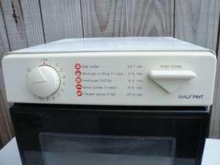 Sharp Half Pint II Carousel Microwave Oven