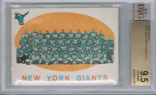 1959 Topps NEW YORK GIANTS Team Card # 133 (BVG 9.5)