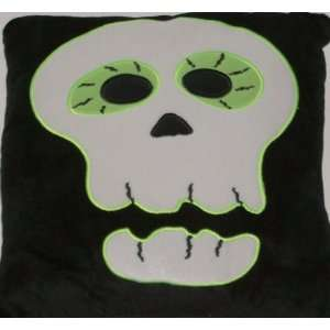 Halloween Scary Skull Accent Pillow & Super Soft Ivory